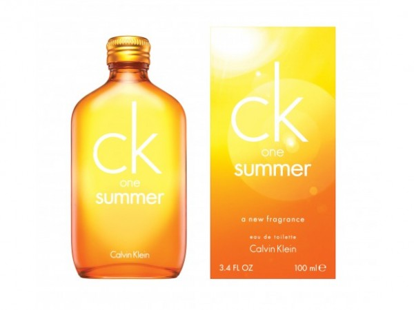 Calvin Klein CK One Summer 2010.jpg